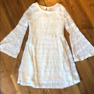 Girls adorable lace dress